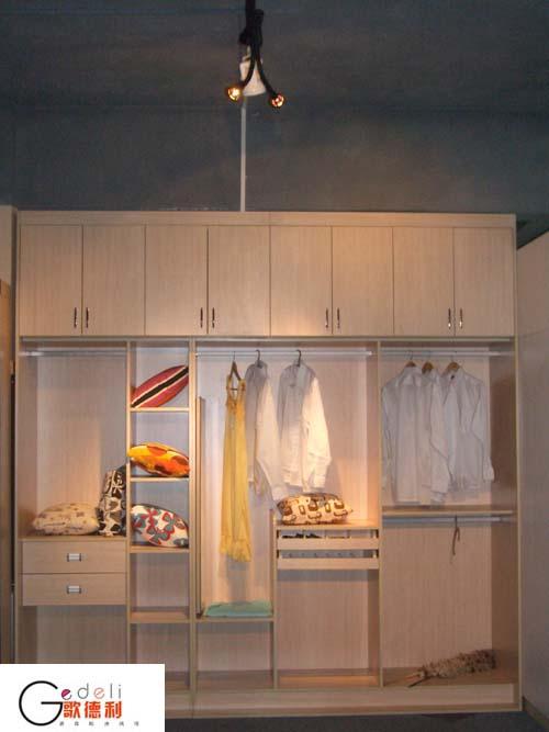 歌德利艺术整体衣柜