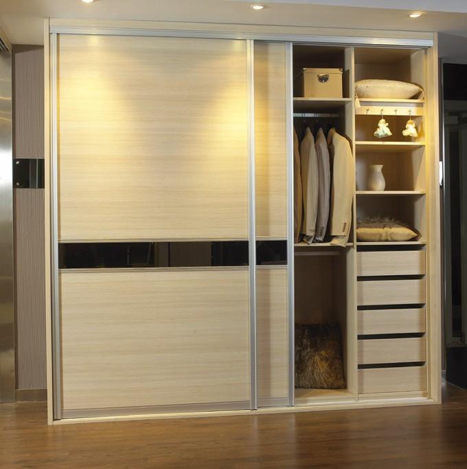 伊特莱现代整体衣柜图片