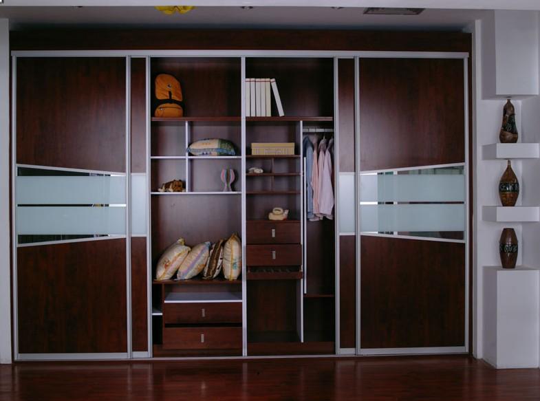 伊特莱现代趟门整体衣柜图片
